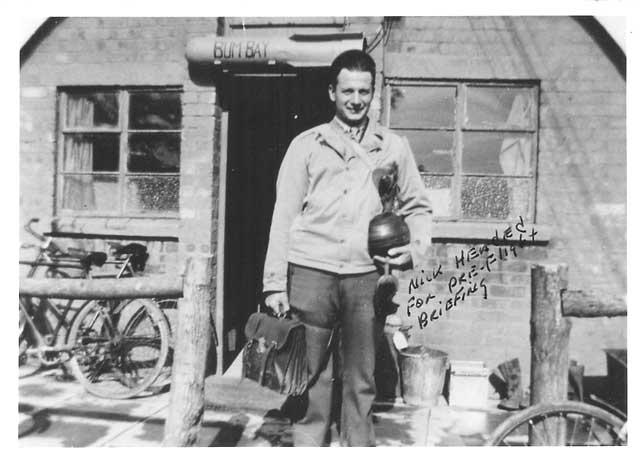 Επισμηναγός Νίκος Μπούρας (1920 – 2013), USAAF 1942 - 1945