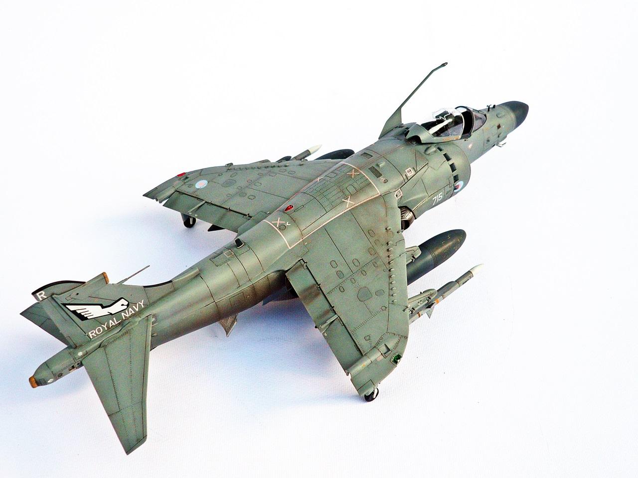 Sea Harrier FA2, Kinetic 1/48 (kit No. 48041)