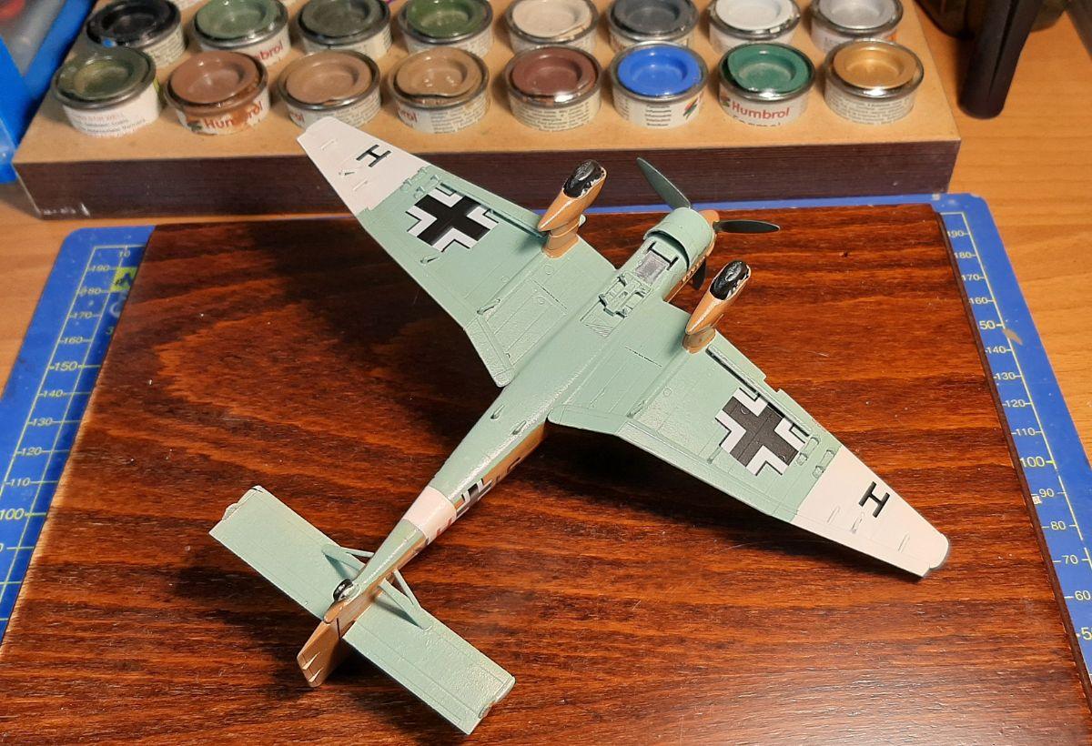 Junkers Ju87B-2/R-2 Stuka, Airfix 1/72 (kit No. A03089)