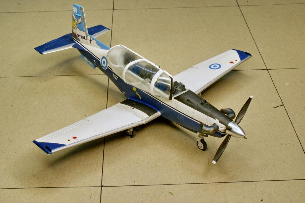 Beechcraft T-6A / NTA Texan II, Grand Models 1/72