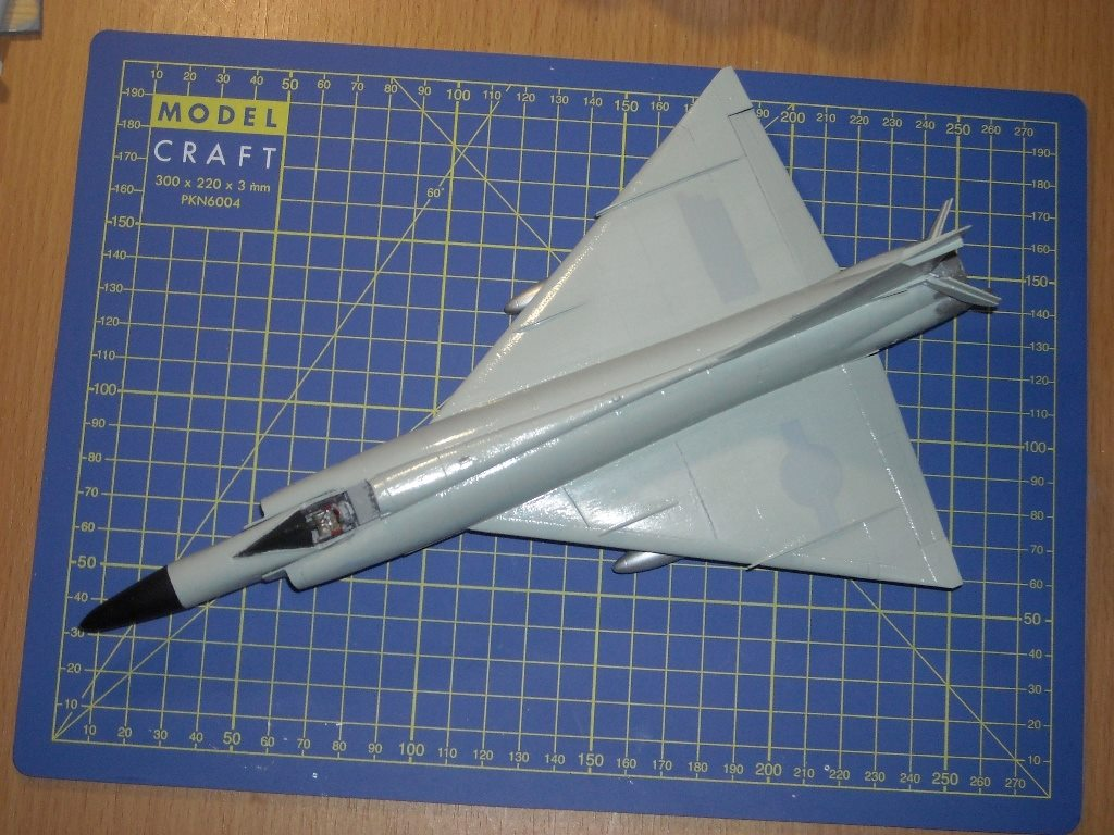 Convair F-102 Delta Dagger, Meng 1/72 (Case X wing)