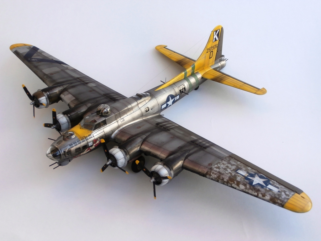 """Bombs Away!"", BOEING B-17G FLYING FORTRESS, REVELL 1/72 (κωδικός 04283)"