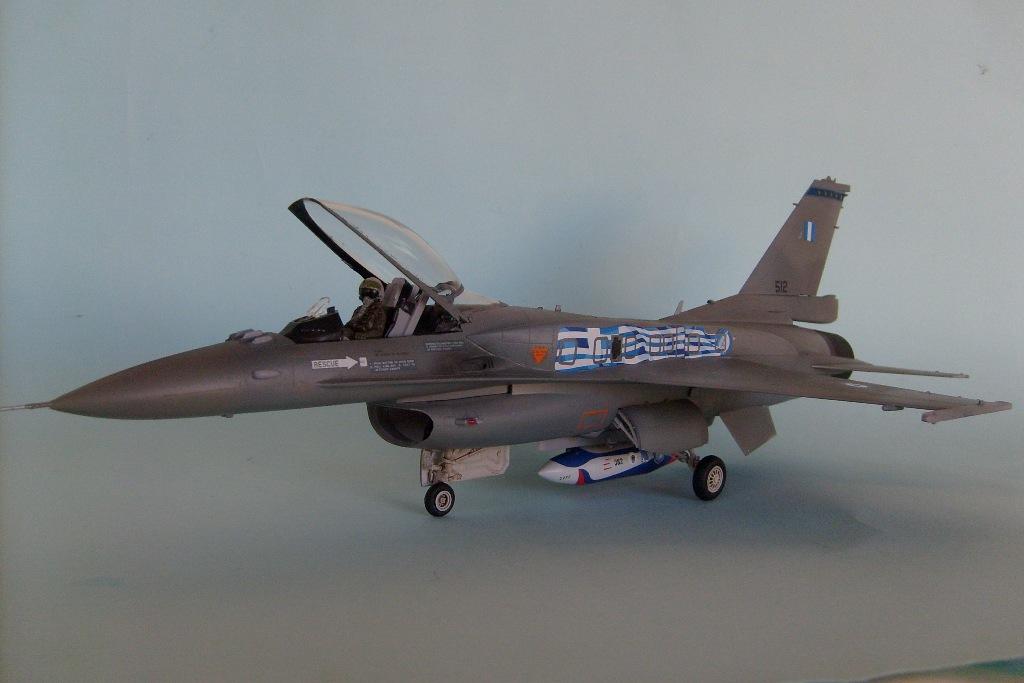 F-16 Block 52+ ''Ζευς'', Hasegawa 1/48