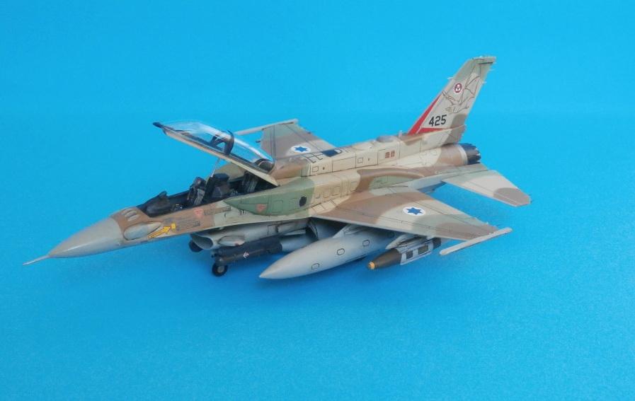 F-16I SUFA, Kinetic 1/72