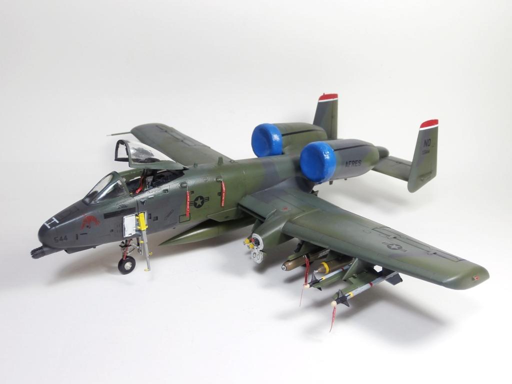 Fairchild Republic A-10 Thunderbolt II, Revell 1/72 (kit No. 04356)