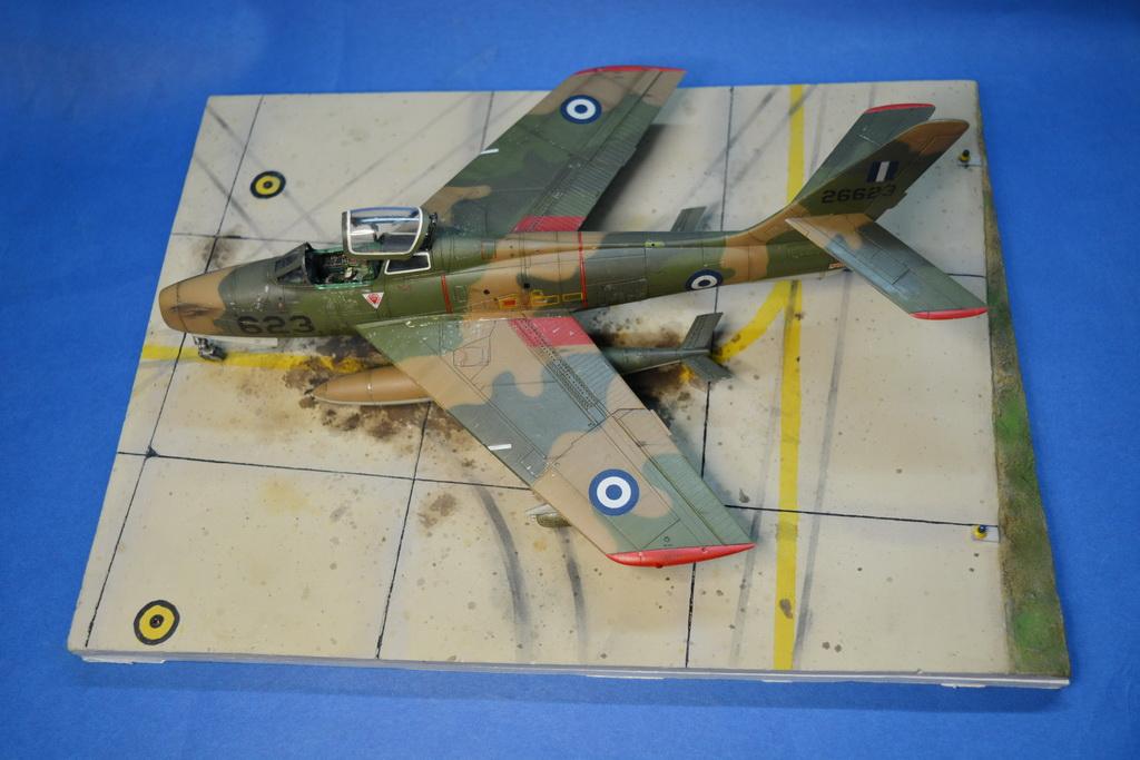 Βάσεις για μοντέλα αεροσκαφών από την Creativity Models