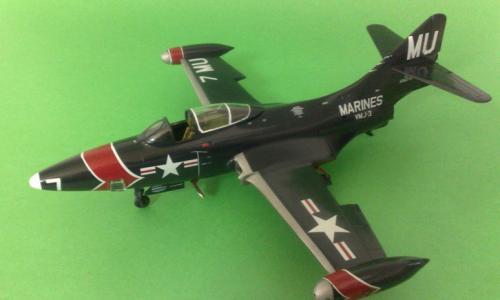 Grumman F9F-5P Reconnaisance Panther, Monogram 1/48