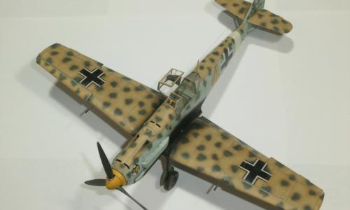 Bf 109E-7 Tropical, Eduard 1/48 ProfiPACK