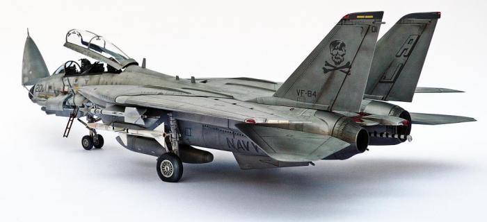 Grumman F-14A Tomcat, Hobby Boss 1/48 (kit no. 80366)